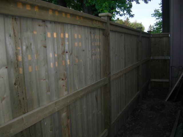 Lakeshore wood fence