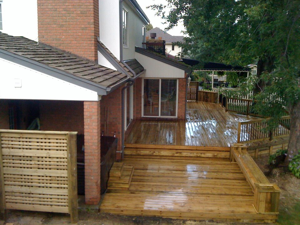 pressure treated deck in amherstburg