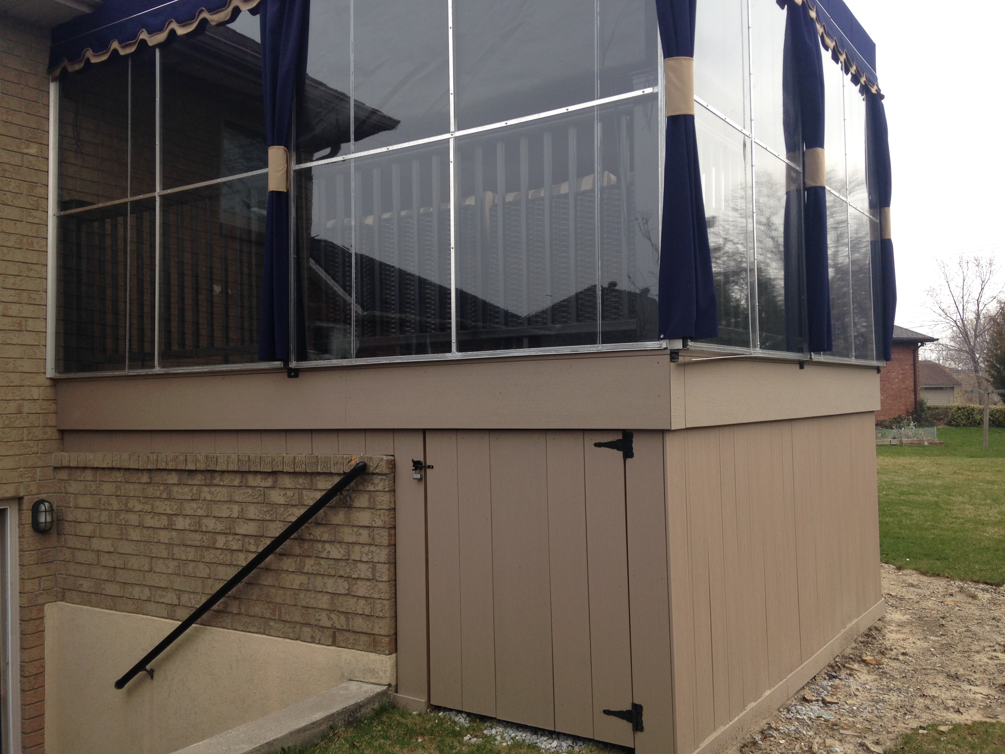 composite deck with awning