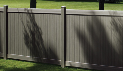 Certagrain vinyl fence
